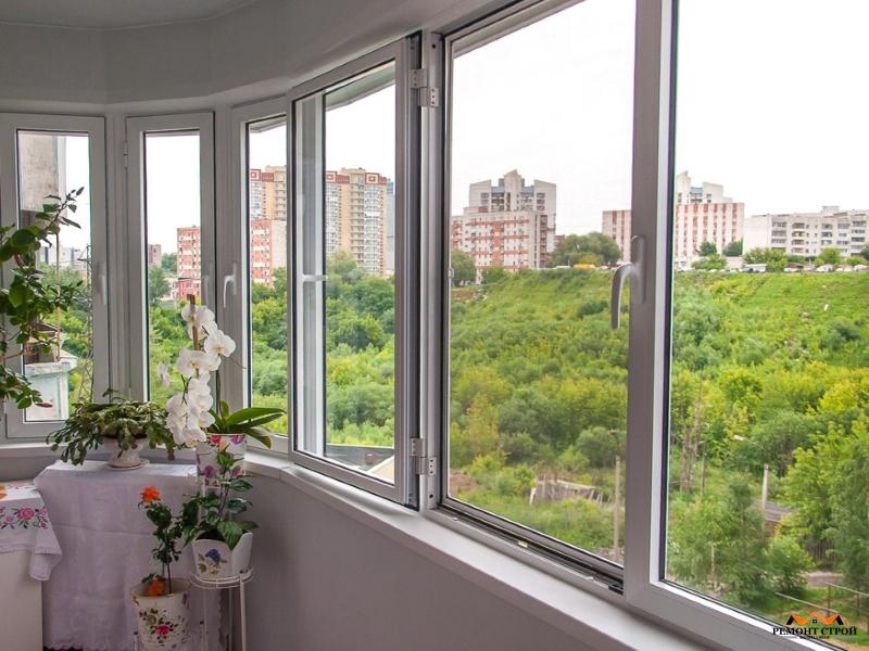 установка окон на балкон
